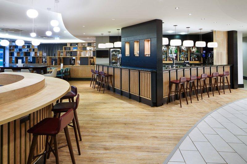 Delta Hotels Nottingham-Oaks Bar<br/>Image from Leonardo
