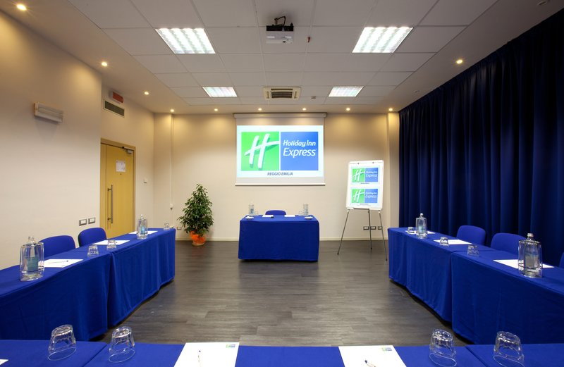 Holiday Inn Express Reggio Emilia-Meeting Room<br/>Image from Leonardo