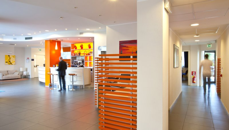 Holiday Inn Express Reggio Emilia-Hotel Lobby<br/>Image from Leonardo