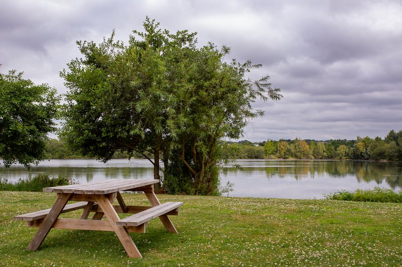 Crowne Plaza Marlow-Picturesque Lake View<br/>Image from Leonardo