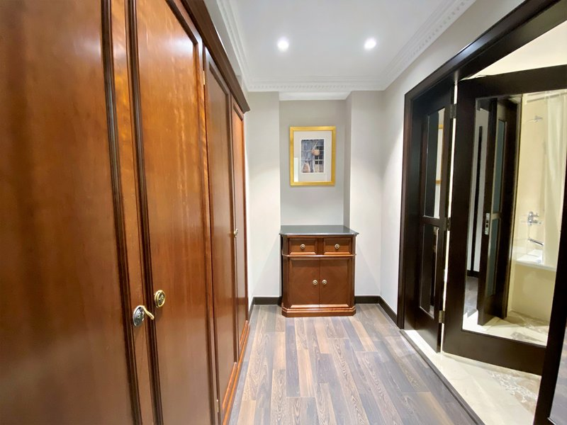 Millennium Doha - Diplomatic Suite Closet <br/>Image from Leonardo