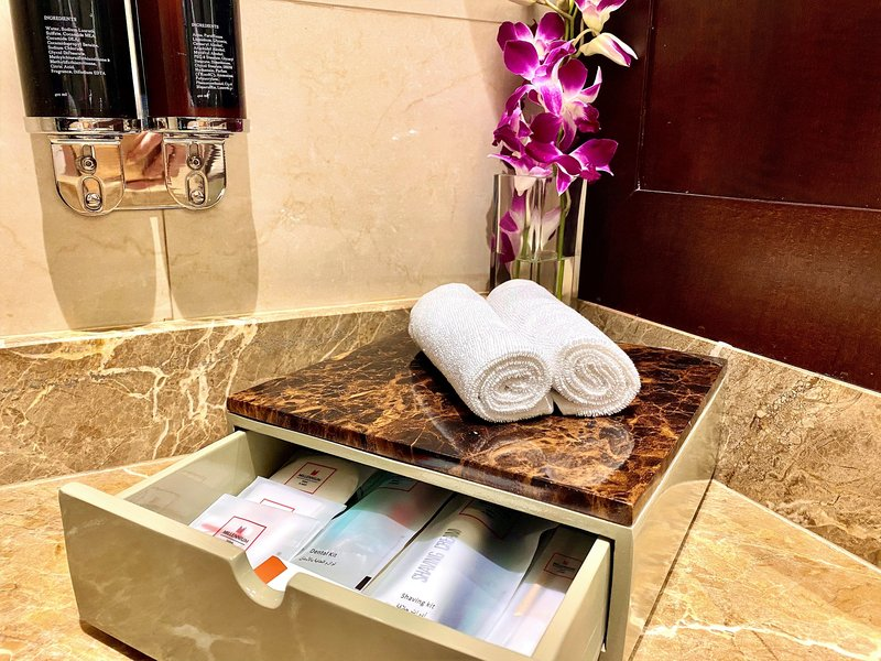 Millennium Doha - Bathroom Amenities <br/>Image from Leonardo