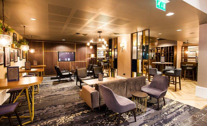 Crowne Plaza Leeds-Club Floor Lounge<br/>Image from Leonardo