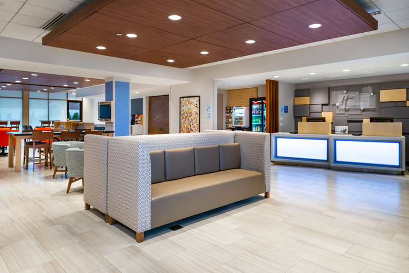 Holiday Inn Express And Suites Romeoville - Joliet North-Hotel Lobby & Lounge Area<br/>Image from Leonardo