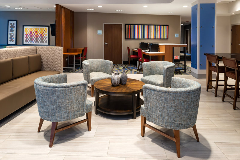 Holiday Inn Express And Suites Romeoville - Joliet North-Utilize our 24 hour business center<br/>Image from Leonardo