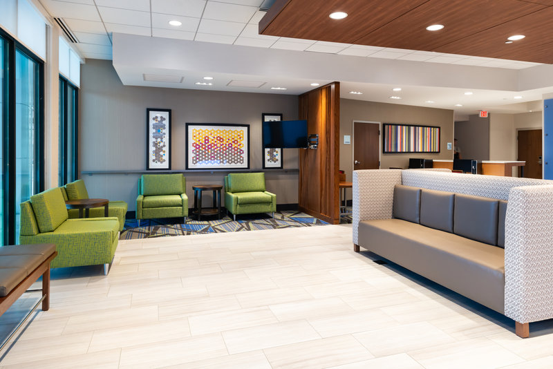 Holiday Inn Express And Suites Romeoville - Joliet North-Lobby & Lounge Area<br/>Image from Leonardo