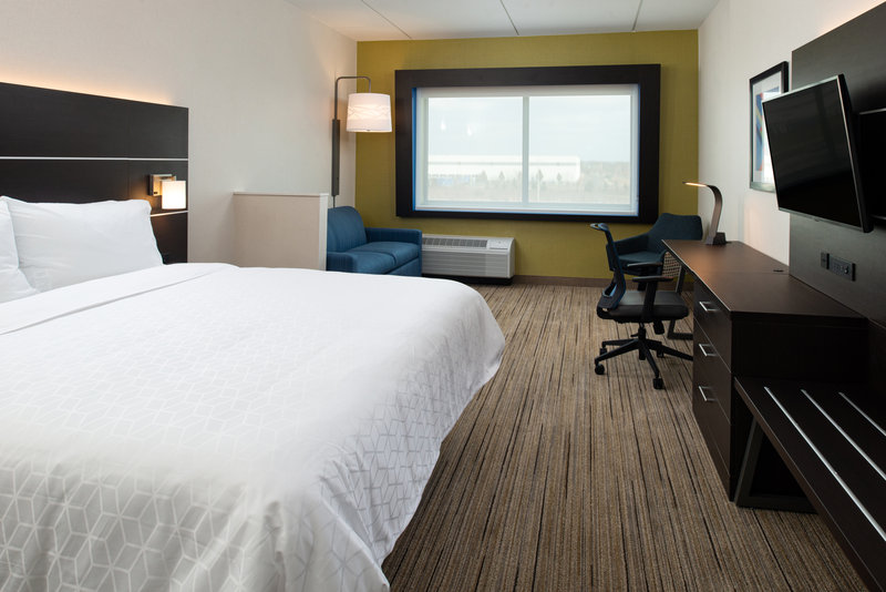 Holiday Inn Express And Suites Romeoville - Joliet North-Guest Room<br/>Image from Leonardo