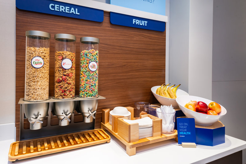 Holiday Inn Express And Suites Romeoville - Joliet North-Variety of cereal and fruits<br/>Image from Leonardo