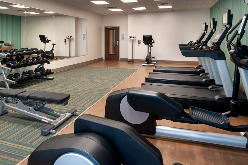 Holiday Inn Express And Suites Romeoville - Joliet North-Our Spacious Fitness Center<br/>Image from Leonardo