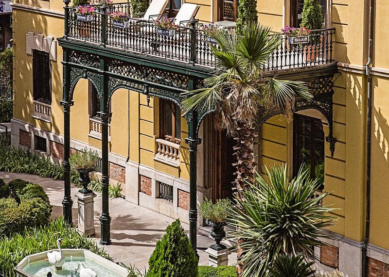 Hospes Palacio De Los Patos-Exterior<br/>Image from Leonardo