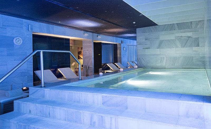 Hospes Palacio De Los Patos-Spa Indoor Pool<br/>Image from Leonardo