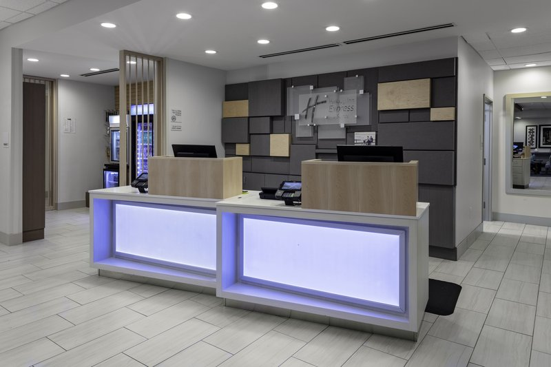 Holiday Inn Express And Suites Wilmington West -Medical Park-Hotel Lobby<br/>Image from Leonardo