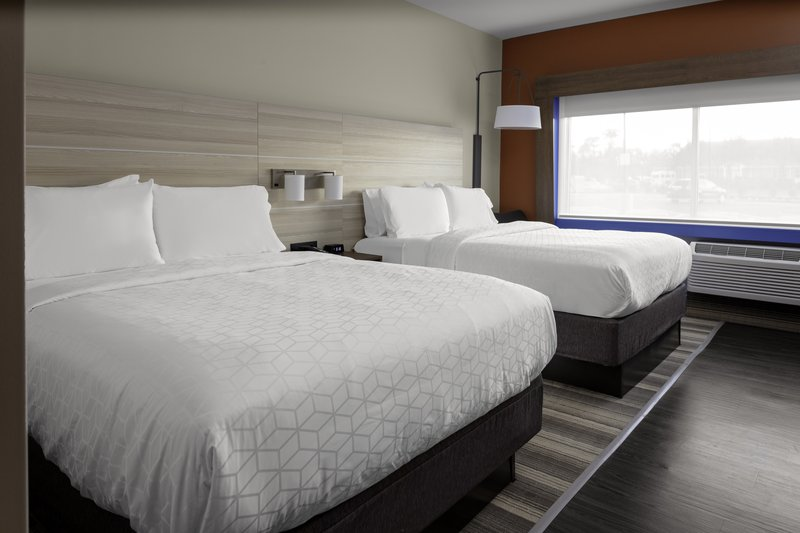 Holiday Inn Express And Suites Wilmington West -Medical Park-Double Bed Guest Room<br/>Image from Leonardo
