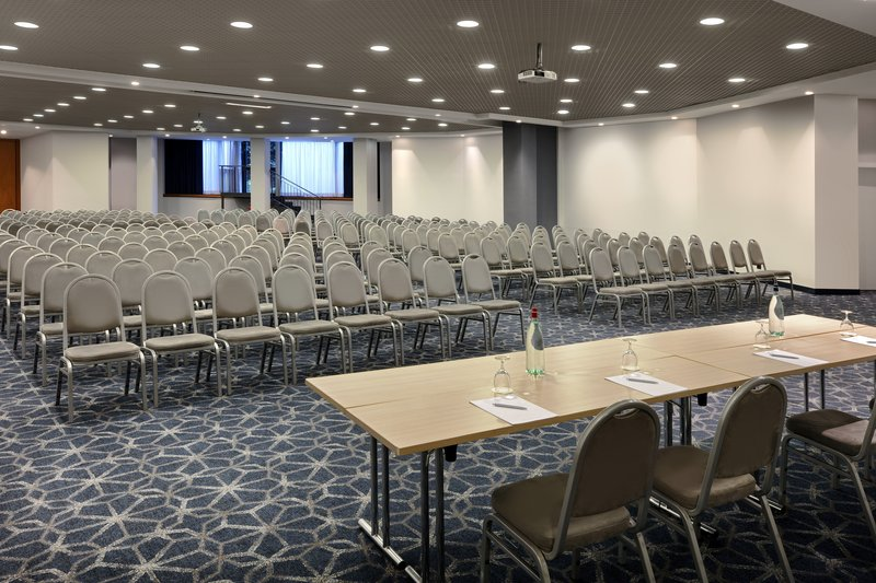 Crowne Plaza Milan - Linate-Conference Room<br/>Image from Leonardo