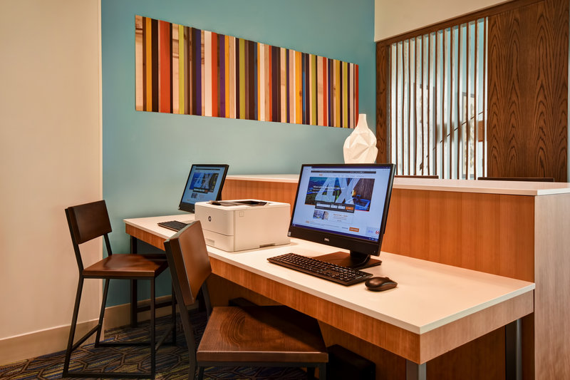Holiday Inn Express and Suites Galveston Beach-Business Center- Free internet and printing station<br/>Image from Leonardo