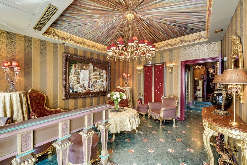 Aparthotel Pavillon Courcelles Parc Monceau-Lobby RCeption<br/>Image from Leonardo