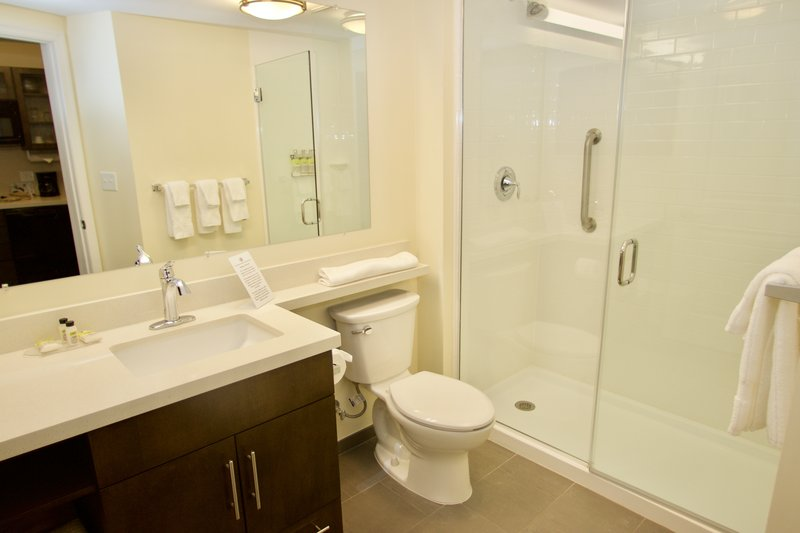 Candlewood Suites Dumfries Quantico-Standing Shower Bathroom<br/>Image from Leonardo