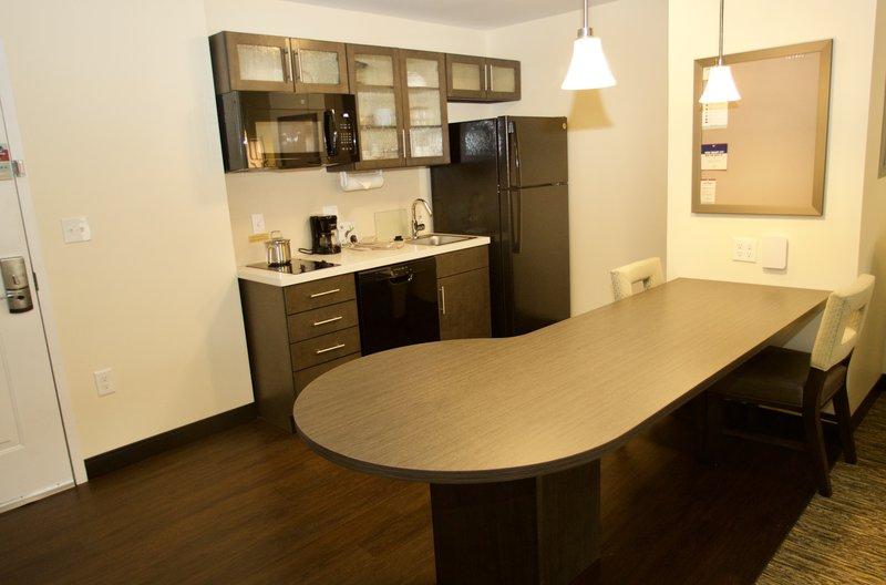 Candlewood Suites Dumfries Quantico-Kitchen<br/>Image from Leonardo