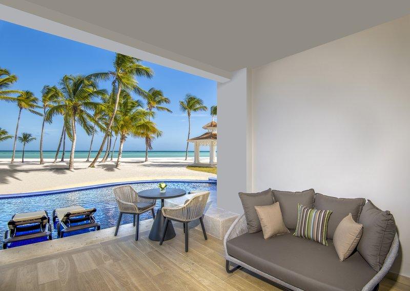 Hyatt Ziva Cap Cana  - Oceanfront Junior Suite Swim Up King View <br/>Image from Leonardo