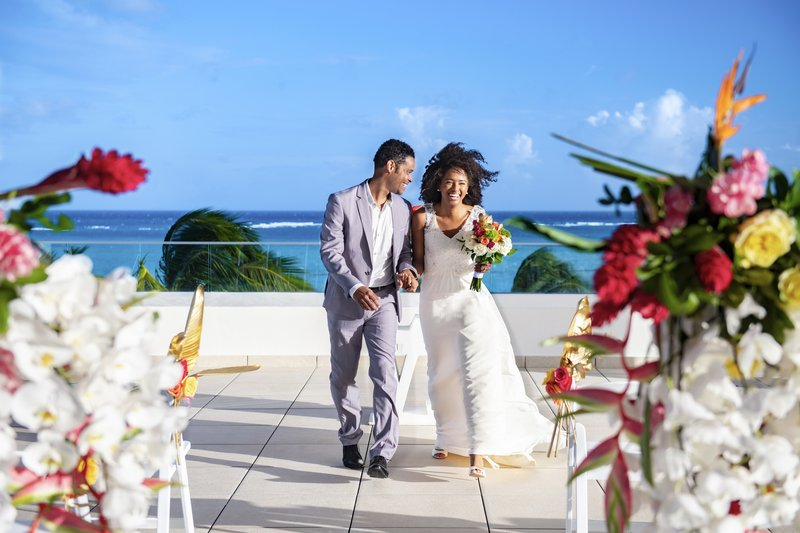 Hyatt Ziva Cap Cana  - Hyatt Ziva Cap Cana Rooftop Weddings Couple <br/>Image from Leonardo