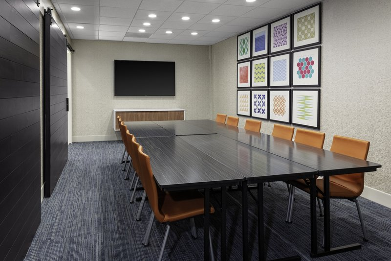 Holiday Inn Express And Suites Wilmington West -Medical Park-Meeting Room<br/>Image from Leonardo