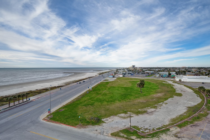 Holiday Inn Express and Suites Galveston Beach-View from room- Walking distance from a variety of restaurants<br/>Image from Leonardo