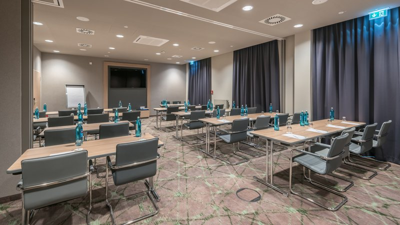 Holiday Inn Mannheim City Hauptbahnhof-Conference Room<br/>Image from Leonardo