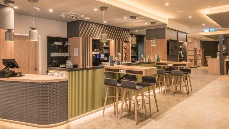 Holiday Inn Mannheim City Hauptbahnhof-Bar<br/>Image from Leonardo