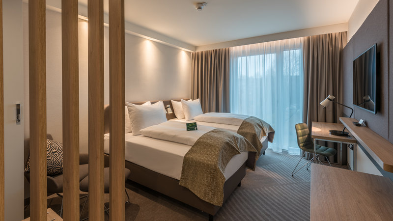 Holiday Inn Mannheim City Hauptbahnhof-Twin Room<br/>Image from Leonardo