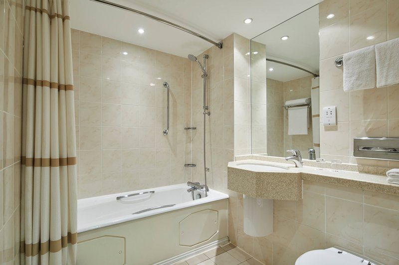 Bournemouth Highcliff Marriott Hotel-King Superior Sea View Guest Room - Bathroom<br/>Image from Leonardo