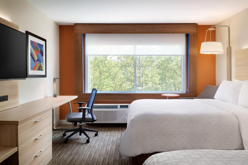 Holiday Inn Express & Suites Rockford-Loves Park-Double Bed Guest Room<br/>Image from Leonardo