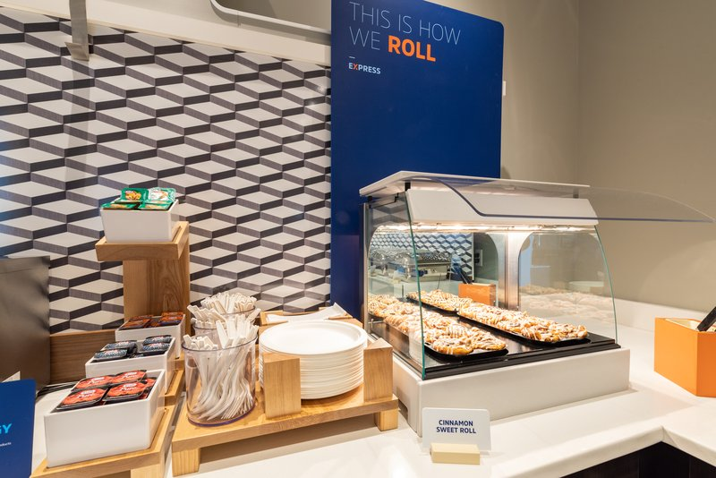 Holiday Inn Express Pasco - TriCities-Breakfast Bar<br/>Image from Leonardo