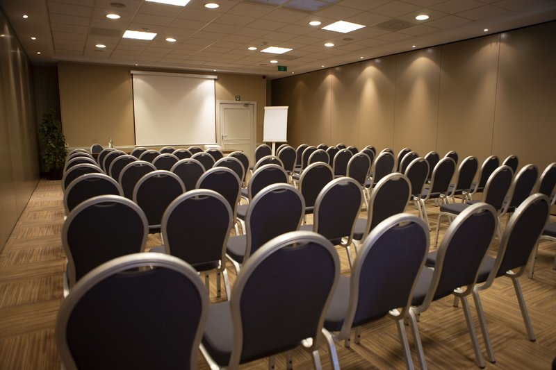 Holiday Inn Express Gent-Theatre Style up to 300 delegates<br/>Image from Leonardo