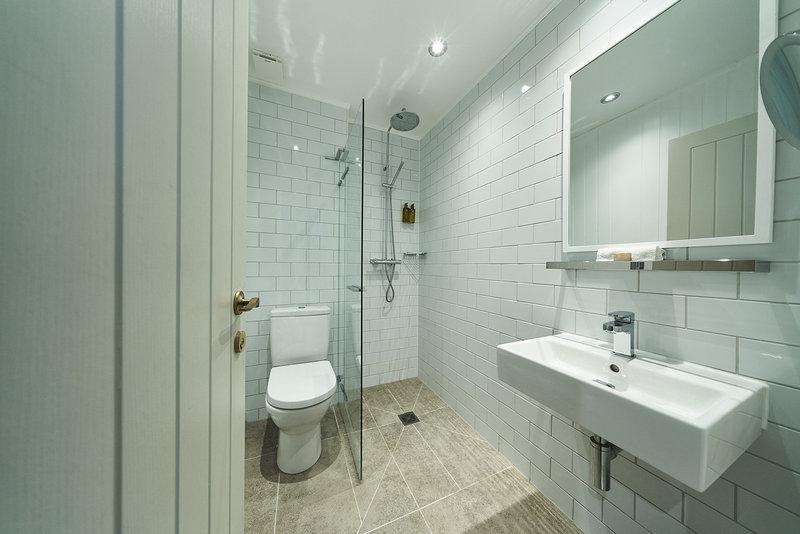 Oban Bay Hotel & Spa-Bathroom<br/>Image from Leonardo