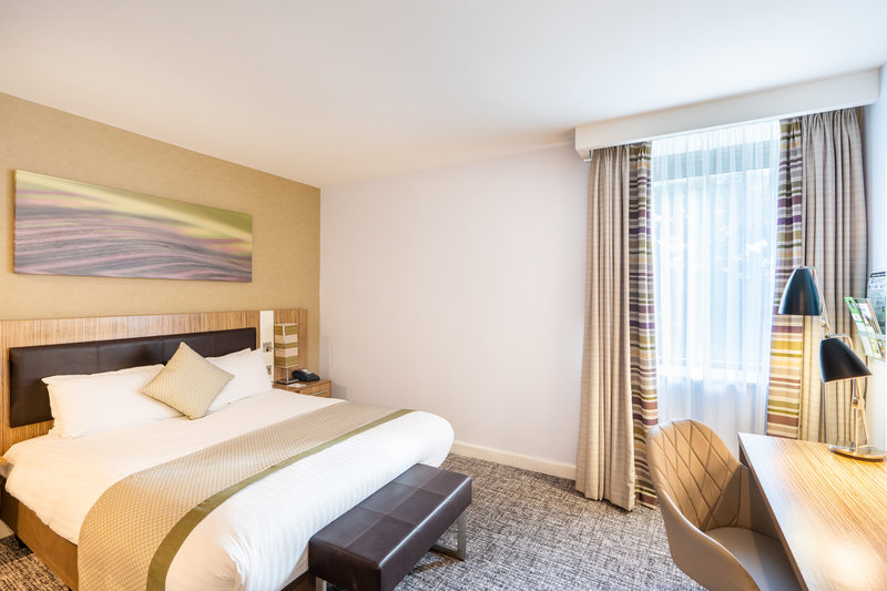 Holiday Inn Stevenage-Double Bed Guest Room<br/>Image from Leonardo