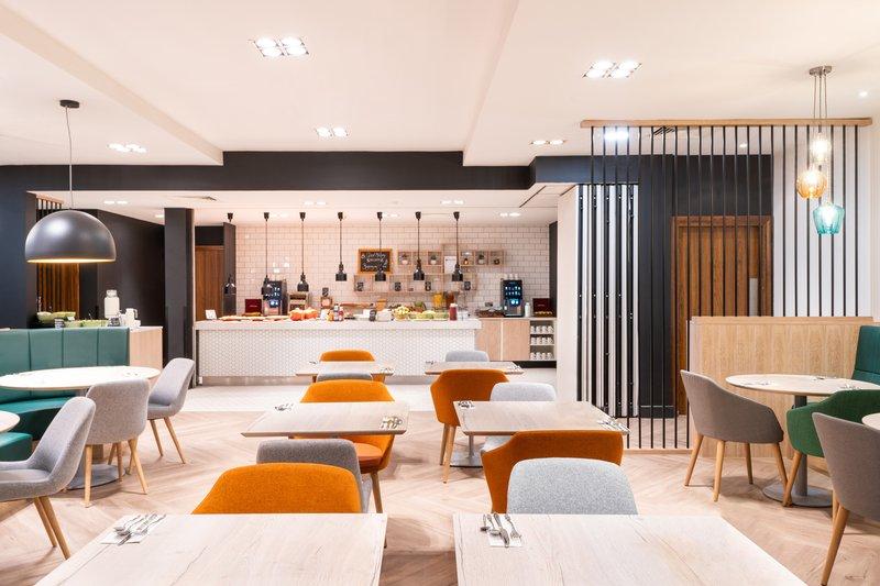 Holiday Inn Stevenage-Restaurant<br/>Image from Leonardo