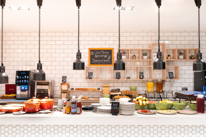 Holiday Inn Stevenage-Breakfast Area<br/>Image from Leonardo