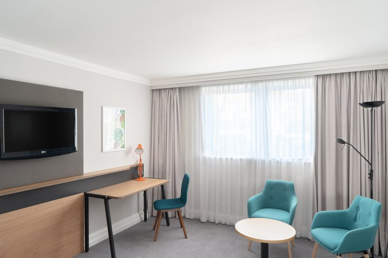 Holiday Inn Hemel Hempstead M1, Jct. 8-Guest Room<br/>Image from Leonardo