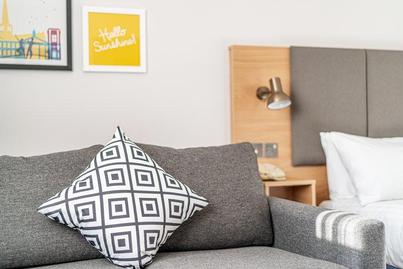 Holiday Inn Hemel Hempstead M1, Jct. 8-Sleeper Sofa<br/>Image from Leonardo