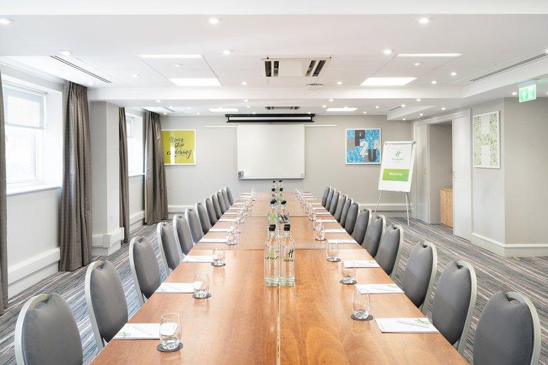 Holiday Inn Hemel Hempstead M1, Jct. 8-Large meeting room<br/>Image from Leonardo