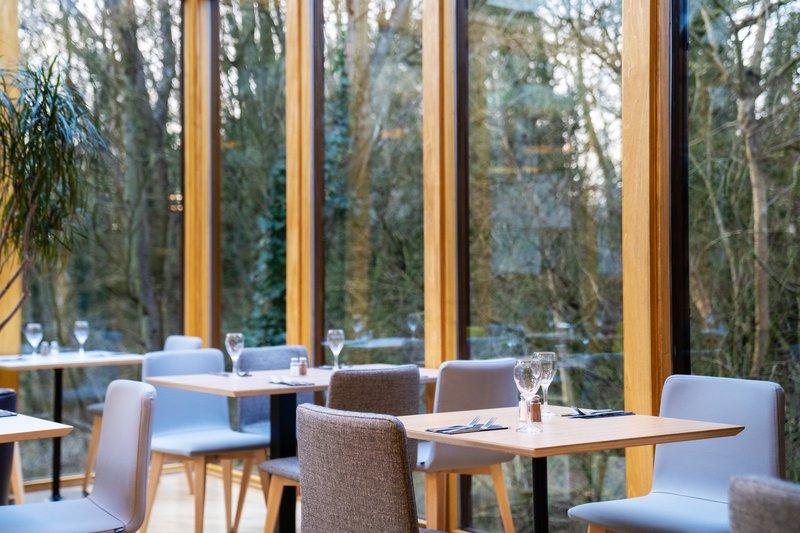 Holiday Inn Hemel Hempstead M1, Jct. 8-Restaurant area<br/>Image from Leonardo