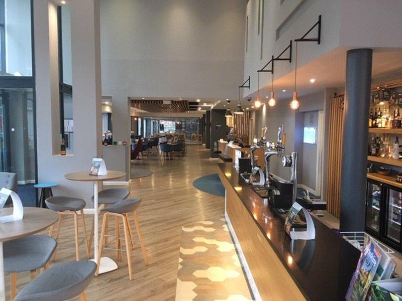 Holiday Inn Express Leeds City Centre - Armouries-Hotel Lobby<br/>Image from Leonardo