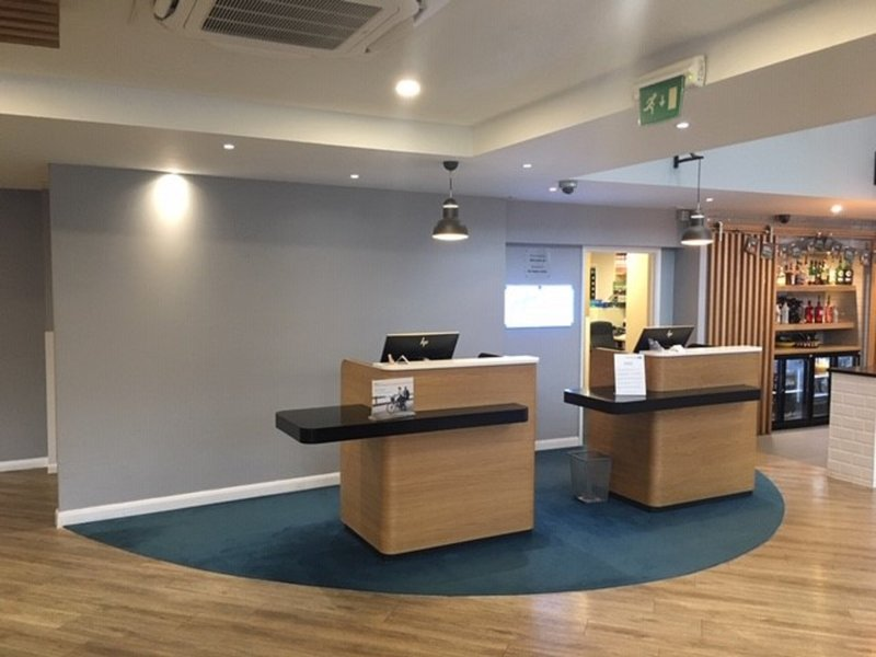 Holiday Inn Express Leeds City Centre - Armouries-Front Desk<br/>Image from Leonardo
