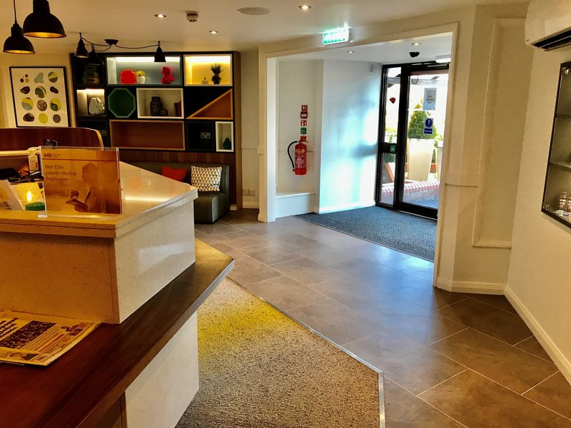 Holiday Inn A55 Chester West-Front Desk<br/>Image from Leonardo