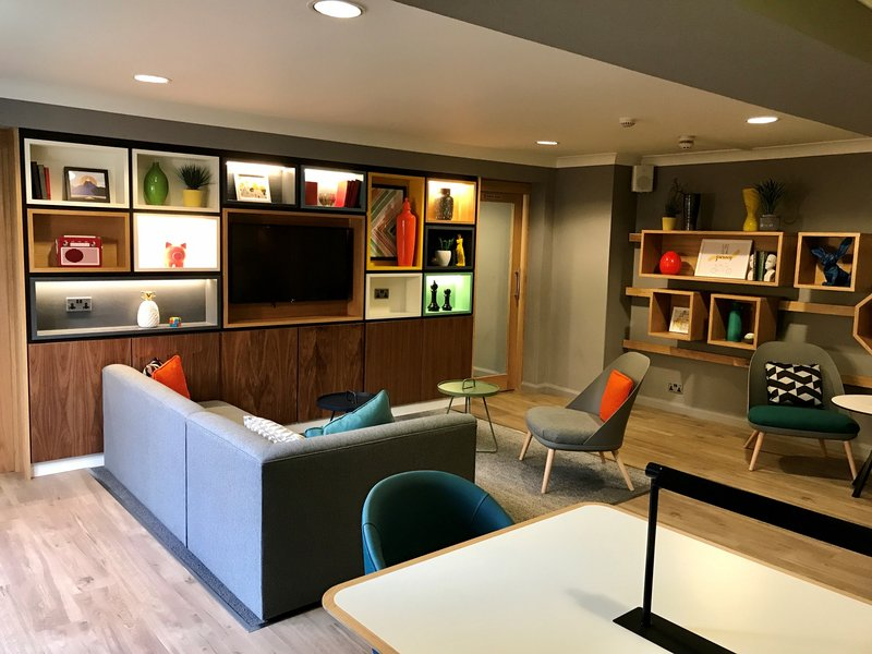 Holiday Inn A55 Chester West-Open Lobby Lounge area <br/>Image from Leonardo