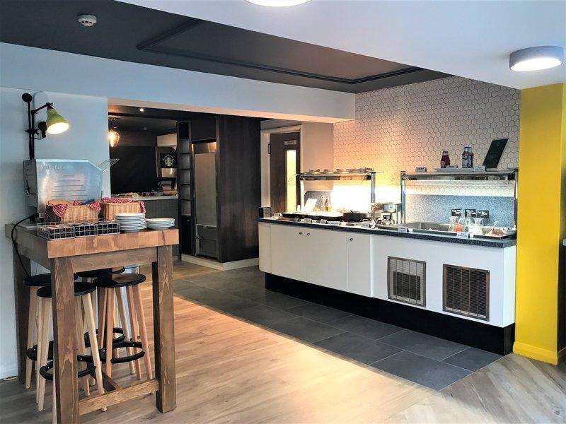Holiday Inn A55 Chester West-Buffet Breakfast <br/>Image from Leonardo