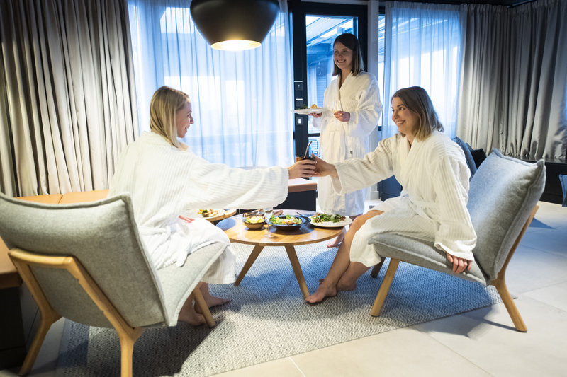 Holiday Inn Helsinki - Exhibition & Convention Centre-Book our Terrace sauna and relax with your friends<br/>Image from Leonardo