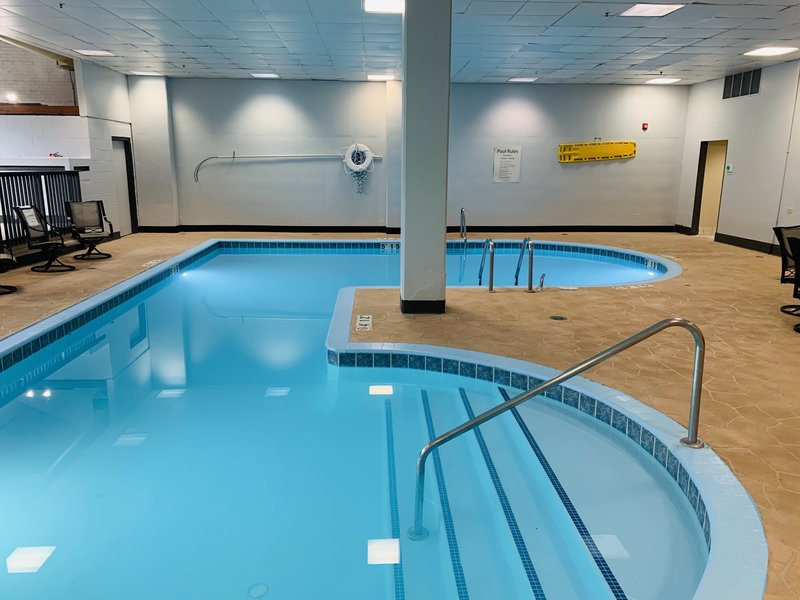 Holiday Inn Hotel & Suites Mansfield-Conference Ctr-Swimming Pool<br/>Image from Leonardo