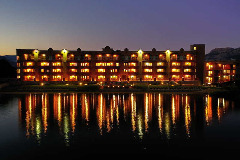 Holiday Inn Hotel & Suites Osoyoos-Exterior at night<br/>Image from Leonardo