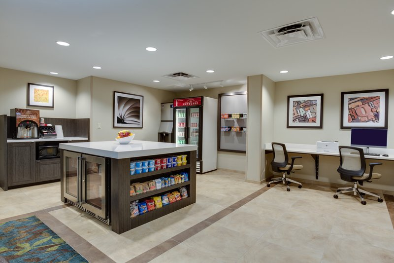 Candlewood Suites Ft. Lauderdale Airport/Cruise-Gift Shop<br/>Image from Leonardo